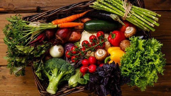 tips-for-growing-your-own-veg-136416255711803901-170307145708-1